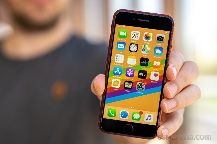 Обзор Apple iPhone SE 2020