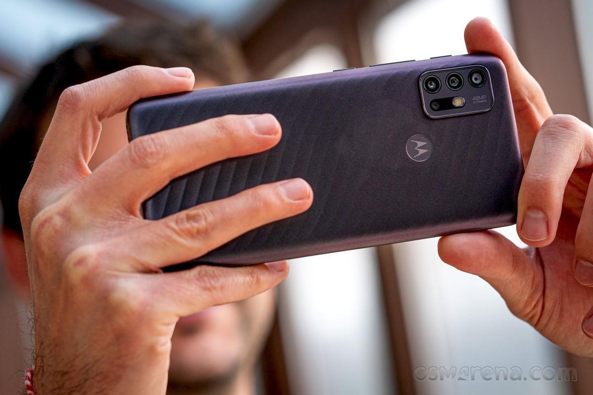 Motorola Moto G10 на рассмотрении