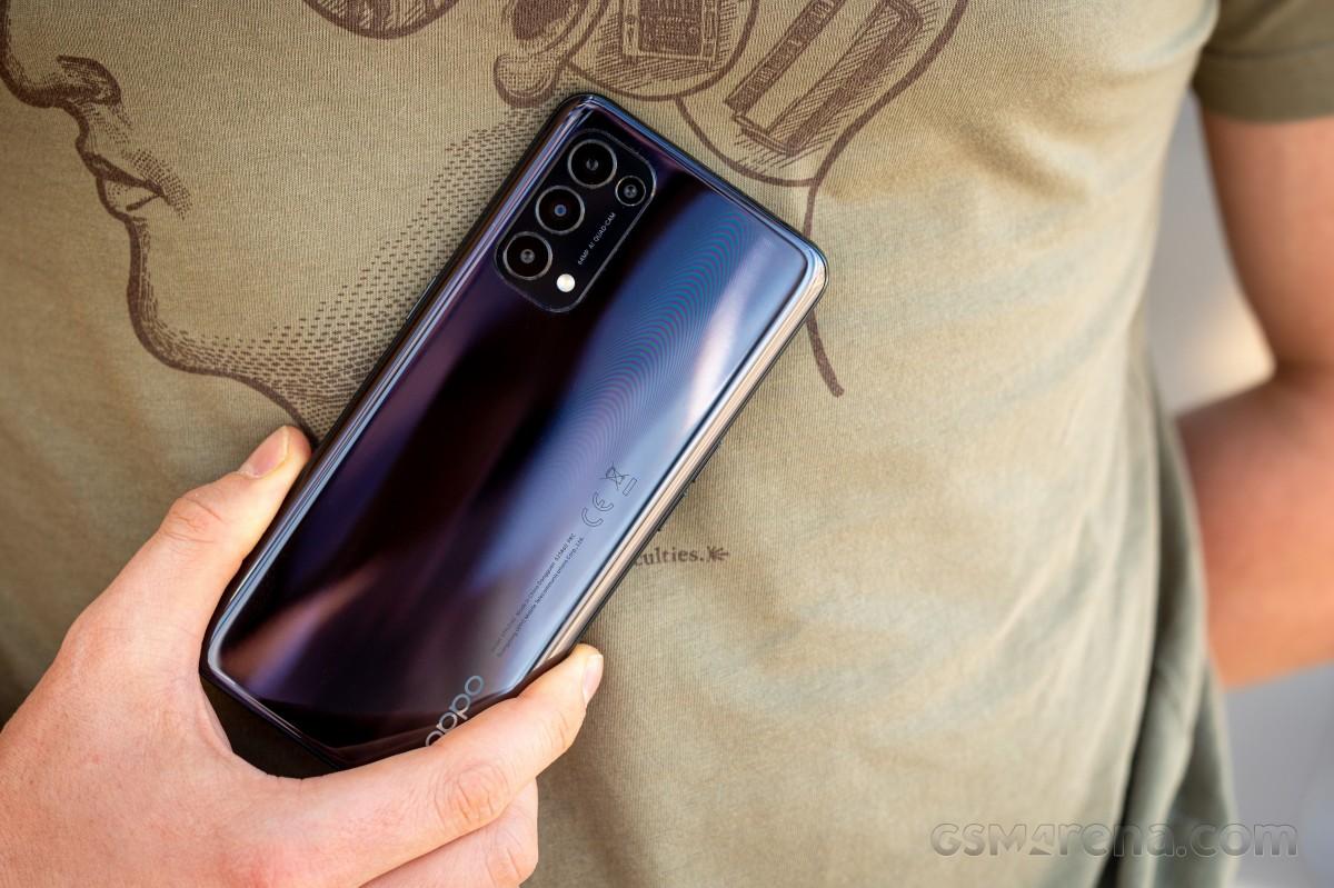 Oppo Reno5 5G на рассмотрении