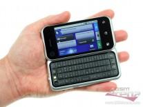 Motorola Backflip в руке