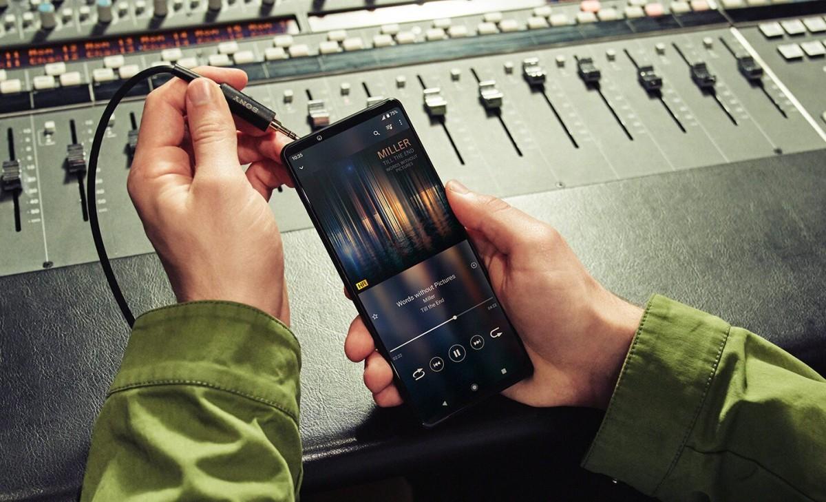 Еженедельный опрос: Sony Xperia 1 III наконец-то выставлен на предварительный заказ, но уже слишком поздно?